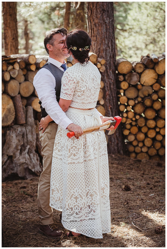 Bend, Oregon bride and groom wedding reception photography.