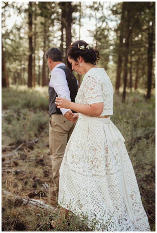 Bend, Oregon wedding photography along the Deschutes River.